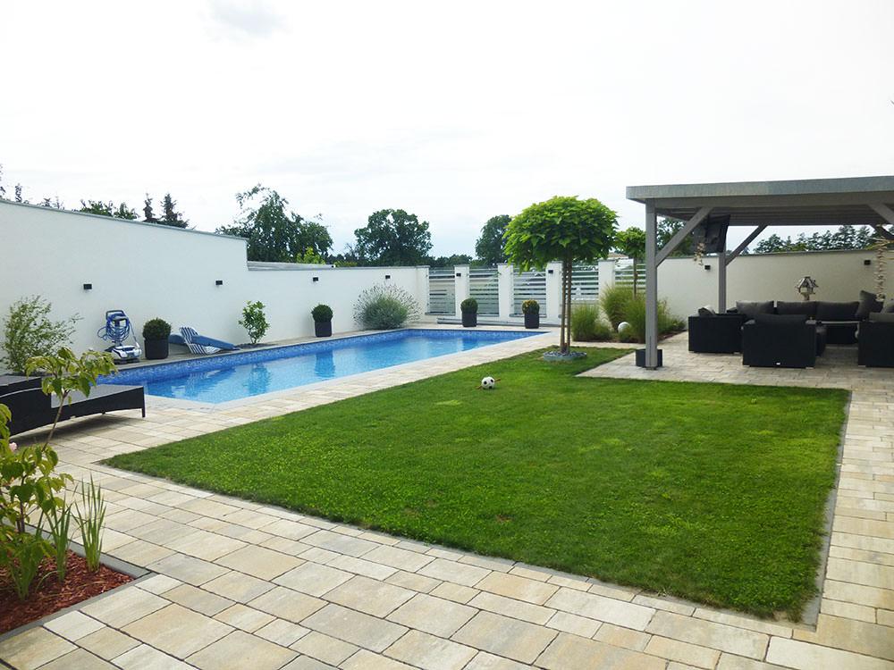 Modernisertes Stadthaus mit Pool
